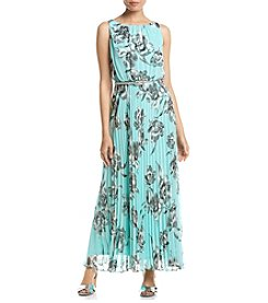 Jessica Howard® Petites' Printed Pleated Maxi Dress