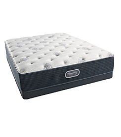 Beautyrest® Silver Carmen™ Plush Twin Mattress & Box Spring Set