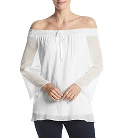 AGB® Off The Shoulder Textured Blouse