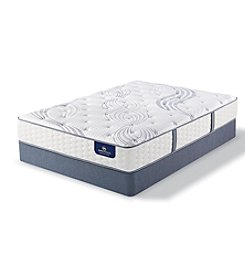 Serta® Perfect Sleeper® Thornberg Plush California King Mattress & Box Spring