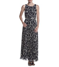 Jessica Howard® Printed Belted Maxi Dress