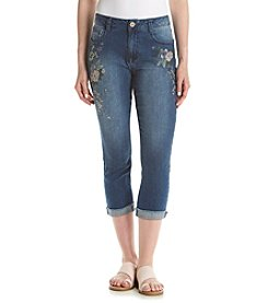 One 5 One® Floral Embroidered Capri Jeans