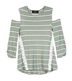 A. Byer Girls' 7-16 Quarter Sleeve Cinch Top