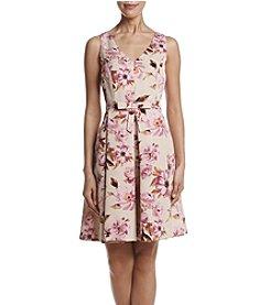 Taylor Dresses Vintage Floral Dress