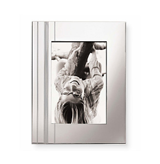 Share your timeless image in a frame that's simply perfect.