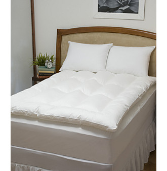 Comfort Touch™ Baffled Fiberbed with Free Pillows