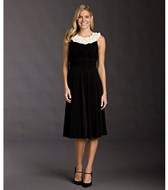 Jessica Howard Rosette Neck Dress - Black/Ivory