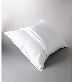LivingQuarters 200-Thread Count Pillow Protector