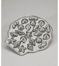 Nordic Ware® Sea Shell Teacake Pan