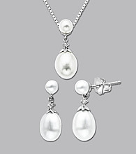 10K White Gold Freshwater Pearl Diamond Pendant and Earring Set