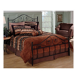 <p><strong>Web exclusive! </strong>Give your bedroom a new look and feel with this elegant Hillsdale bed set.</p>