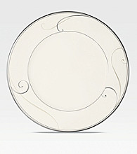 Noritake Platinum Wave Dinner Plate