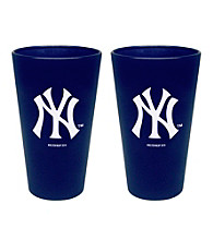 Boelter Brands MLB® New York Yankees 2-Pack Frosted Pint Glasses