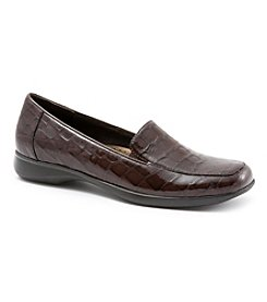 "Trotters® ""Jenn Croco"" Loafer"