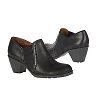 Naturalizer® Garrett Women's Shootie