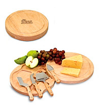 Picnic Time® NFL® Circo Cutting Board - New England Patriots Engraved