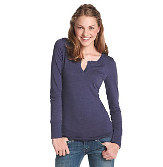 Grane® Juniors' Heathered Split V-Neck Tee