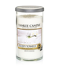 Yankee Candle® Perfect Pillar Fluffy Towels Candle