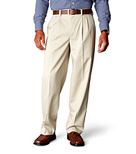 Dockers® Men's Relaxed Fit Pleated Signature Khaki