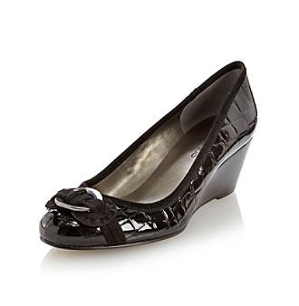 """Bandolino® """"Niantic"""" Wedge Dress Shoe"""