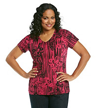Relativity® Plus Size Printed V-Neck Tee