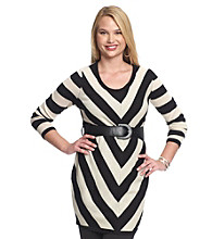 Belle du Jour Juniors' Plus Size Chevron Tunic