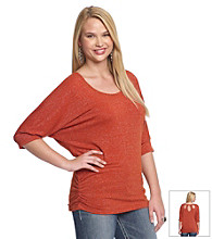 Belle du Jour Juniors' Plus Size Keyhole Back Lurex Tee
