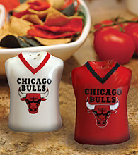 Memory Company Gameday NBA Chicago Bulls Jersey Salt and Pepper Shakers