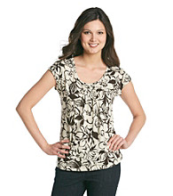 Relativity® Pleated Scoopneck Flutter Sleeve Top