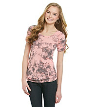 Eyeshadow® Juniors' Floral Print Cinch Tee