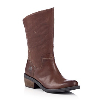 A leather boot perfect for any day of the week.