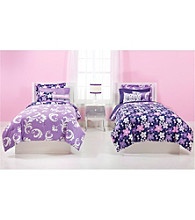 Grape Gatspy Reversible Comforter Set by JACKIE McFEE