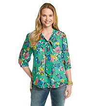 Belle du Jour Juniors' Plus Size Floral Tie-Front Top