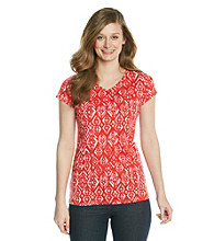 Relativity® Petites' Diamond Printed V-neck Tee