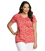 Relativity® Plus Size Diamond Printed V-neck Tee