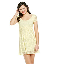 Bee Darlin' Juniors' Lace Babydoll Dress