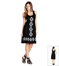 Karen Kane® Sleeveless Scoopneck Diamond Print Dress