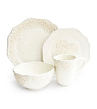 American Ateliers Bianca Medallion 16-pc. Dinnerware Set