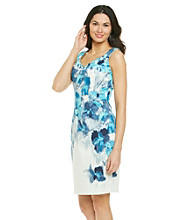 T Tahari® Sleeveless Scoopneck Indiana Floral Print Dress