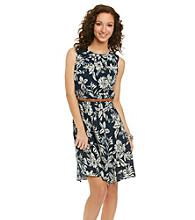 AGB® Leaf Print Belted Dress