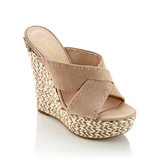 GUESS Laine Woven Wedge Sandals, LIGHT NATURAL SUEDE (5)