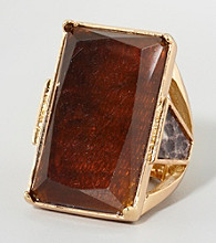 Guess Goldtone Square Ring