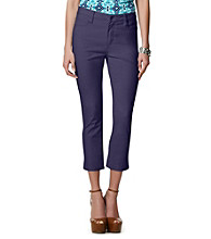Jones New York Signature® Petites' Chelsea Cuffed Capri