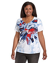 Relativity® Plus Size V-Neck Chalk Flower Graphic Tee