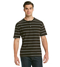 Field & Stream® Men's Darkwood Short Sleeve Performance Henley