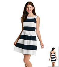 Bee Darlin' Juniors' Striped Dress