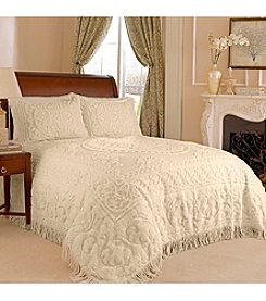 Medallion Chenille Bedspread by Beatrice Home Fashions