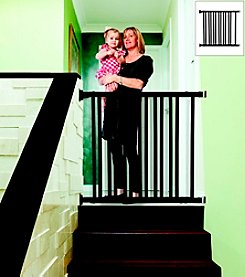 Dreambaby® Wooden Expandable Gate