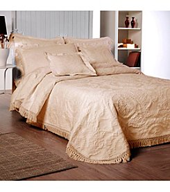 Antique Medallion Bedspread by La Rochelle