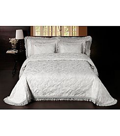 Sussex Park Bedspread by La Rochelle